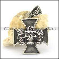 three skull heads cross pendant p001616