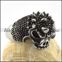 Stainless Steel Fierce Wolf Ring - r000064
