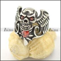 wing skull ring with red eye crystals r001606