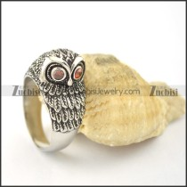 two red crystal eyes owl ring r001605