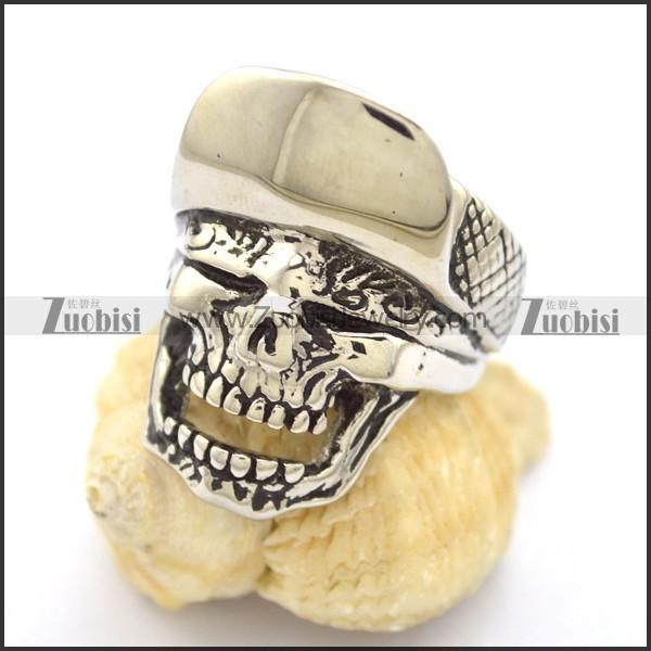 Skull Ring with Baseball Cap r001794