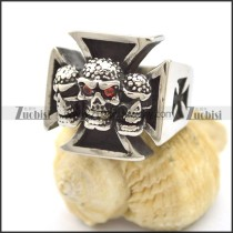 3 skull heads cross malta ring r002127
