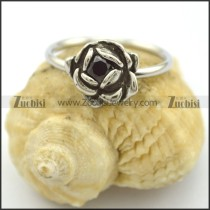 small rose ring with black crystal r002221