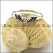 stainless steel angel wing ring with clear crystal r002222