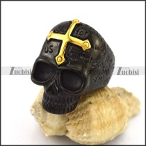 Gold Cross on the Forehead of Black Skull Ring r002954