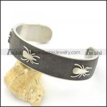 Stainless Steel Spider Leather Bangle b002991