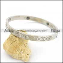 Eye Shaped Pattern with Rhinestone Eyeball Bangle b003514