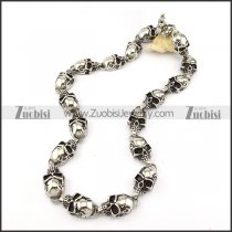 18 Skull Heads Necklac in 316L Stainless Steel with Casting Skull OT Buckle -n000206