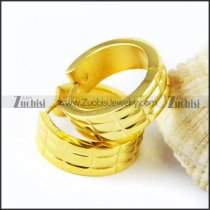Yellow Gold Stainless Steel Cutting Earring - e000019
