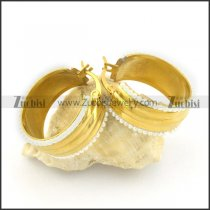 gold plated earrings e000781