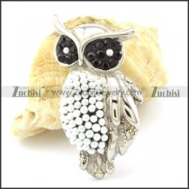 Stainless Steel Owl Pendant with White Beads -p001162