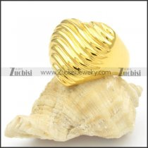 Stainless Steel Gold Ring with Heart Shapped -r000398