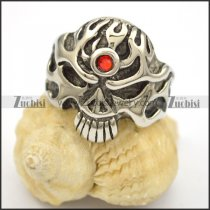 solider skull ring with one red stone in forehead r001661