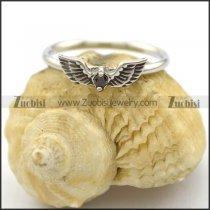 angel wing ring with solid black crystal r002223