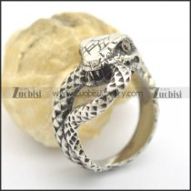 Snake Ring with a pair of Red Stone Eyes r002428
