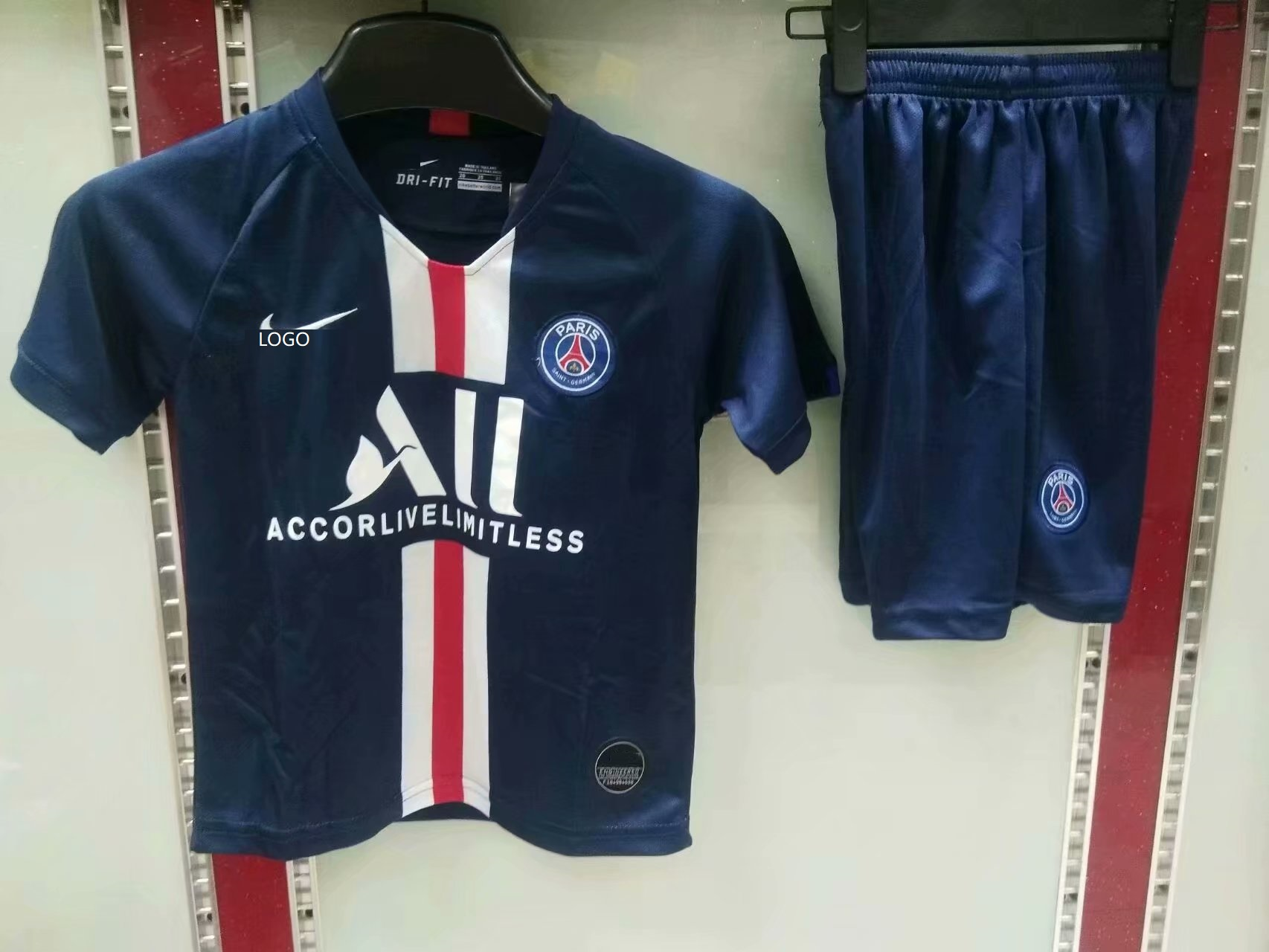 on sale 9dec3 774bc 2019/20 AAA Quality kid PSG home soccer uniforms