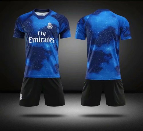 hot sales 057c4 66acd Without Logo 2018-19 AAA Kids Real Madrid EA Sports Soccer Uniforms  Children Football Kits