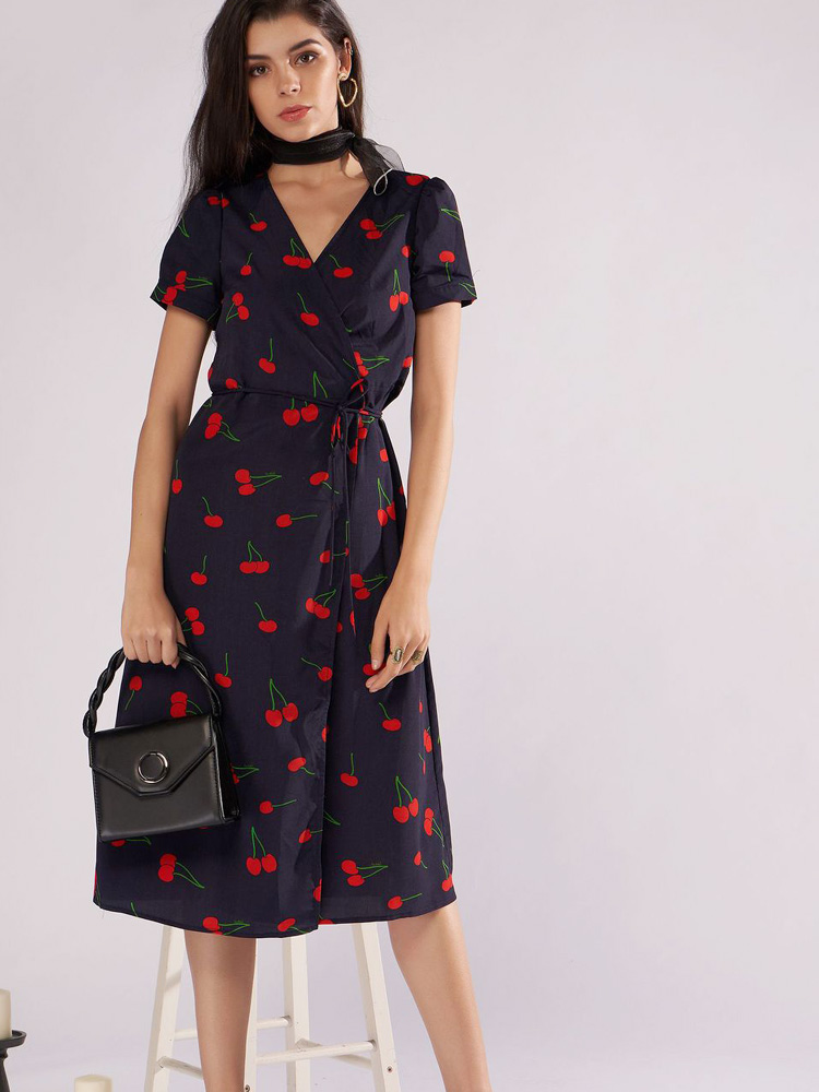 What Type Of Shoes To Wear With A Wrap Dress