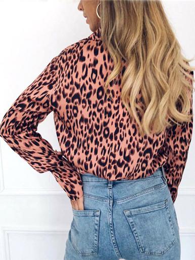 Plus Size V Neck Leopard Shirt for Women