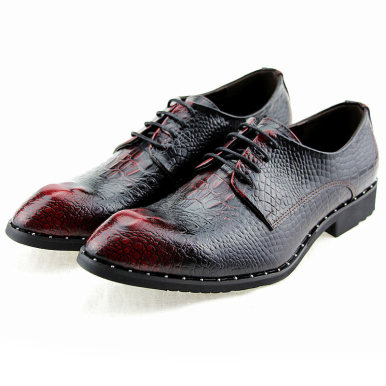 Men Studded Leather Shoes In Embossed Crocodile