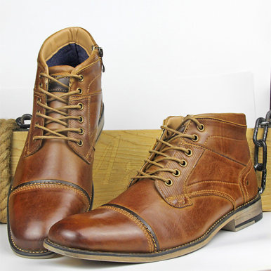 Men Boots In Brown Leather with Contrast Sole