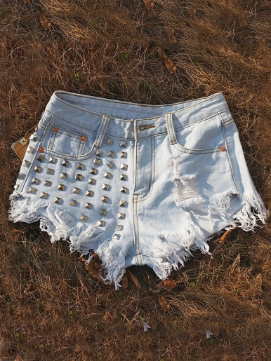 Light Blue Wash Denim Shorts with Stud