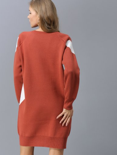 OneBling Ribbed Trim Heart Contrast Knit Dress with Raglan Sleeve