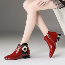 Autumn/winter 2018 color matching metal stud with European and American style daily short boots burgundy ankle booties fashion shoes