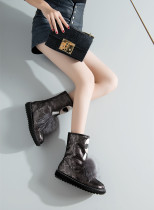Europe station new thickened women's shoes MAO MAO decorated round head covering short boots