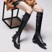 The new round head low heel boots in the crypto-wool leather shoes of women's European station hot style