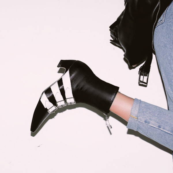The 2018 winter women's shoes Europe station fashionable temperament international style new belt buckle heighten women's single boot shoes
