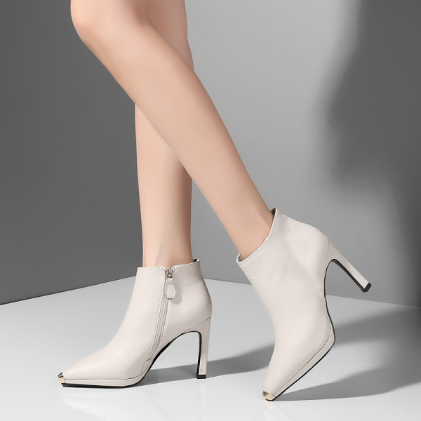 European and American OL leather shoes 2018 autumn winter women's shoes European and American leather style simple and pure color, pointed thin high heel short boots