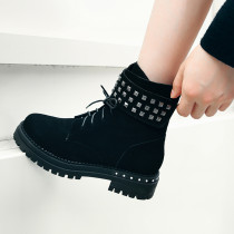 Fashion women's shoes in winter 2019 round toe cross lacing women's boots short boots concise metal decoration mature rivet