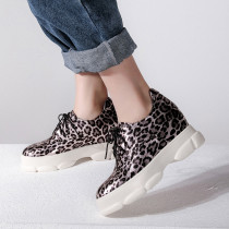 Spring and autumn waterproof 2019 fashion classics women's shoes cross lacing big size 42 sexy leopard print gym shoes personality