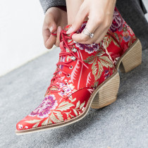 Fashion shoes 2019 pointed toe embroidery chunky heels flower strange style heels women's boots cross tied Ethnic shoes 43