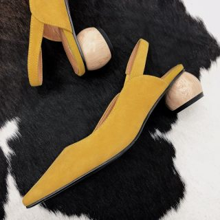 Arden Furtado summer 2019 fashion trend women's shoes apricot pointed toe mature concise special-shaped heels pumps pure color