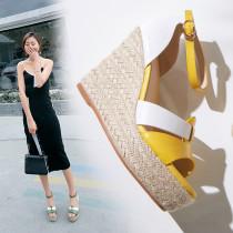 Arden Furtado summer 2019 fashion trend women's shoes wedges sandals buckle waterproof mature classics narrow band