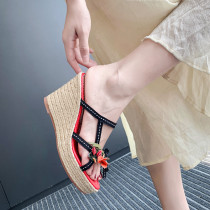 Arden Furtado summer 2019 fashion trend women's shoes slippers genuine leather flower waterproof wedges narrow band slippers