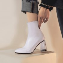 Arden Furtado fashion women's shoes in winter 2019 women's boots pointed toe pure color white chunky heels zipper short boots