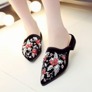 Fashion women's shoes in winter 2019 pointed toe slippers mules embroidery flower retro concise ladylike ethnic temperament