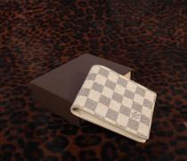ルイヴィトンコピー  LOUIS VUITTON ダミエ・アズール ポルトフォイユ・ミュルティプル 二つ折財布(札入れ)N60895-1