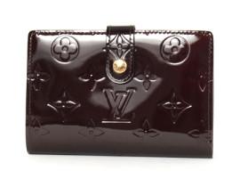 ルイヴィトンコピー LOUIS VUITTON モノグラム ヴェルニ ポルトフォイユ・ヴィエノワ 二つ折財布 アマラント M93521