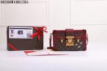 新品 ルイヴィトンコピー LOUISVUITTON モノグラム 斜め掛けショルダーバッグ 木柄定型バッグ レザー 86286-3