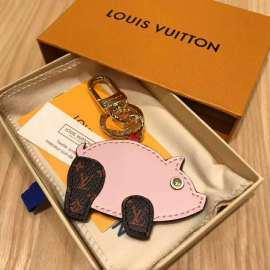 ルイヴィトンキーホルダーコピー 2019新作 LOUIS VUITTON ポルトクレ・スーパースティション M67402