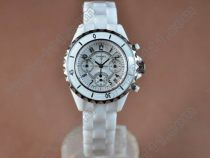 シャネルChanel J12 White Chronograph, Full Ceramic Working Chronosクオーツストップウオッチ