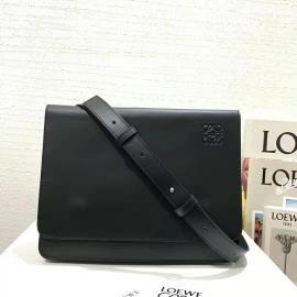 ロエベバッグコピー LOEWE 2020新作 高品質 ガセット フラット ショルダーバッグ lw200117p90-2