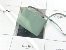 セリーヌコピーバッグ CELINE 2020新作 高品質 トリオ ショルダーバッグ ce075-4