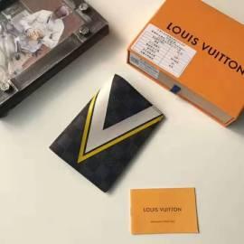 ルイヴィトン財布コピー LOUIS VUITTON 2020新作 二つ折り財布 M64501-6