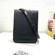 ロエベバッグコピー LOEWE 2020新作 高品質 ガセット フラット クロスボディ バッグ lw200117p65-2