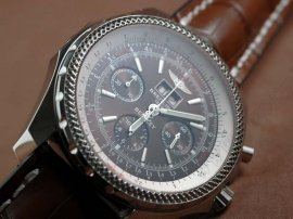 ブライトリングBreitling Bentley 6.75 Big Date Chrono LE Brown A-7750 Sec@3自動巻き